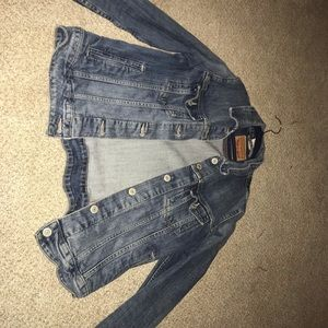 Levi's medium wash denim jacket
